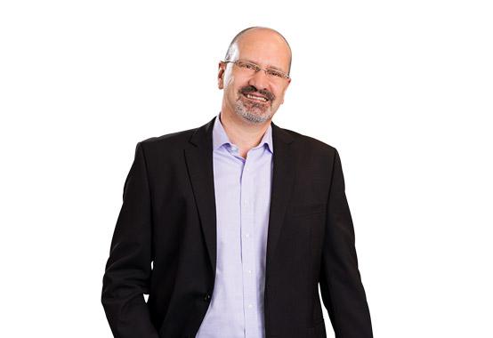 Dr. Axel Theobald