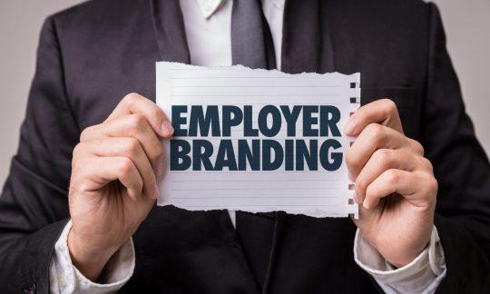 Employer Branding Person mit Employee Branding