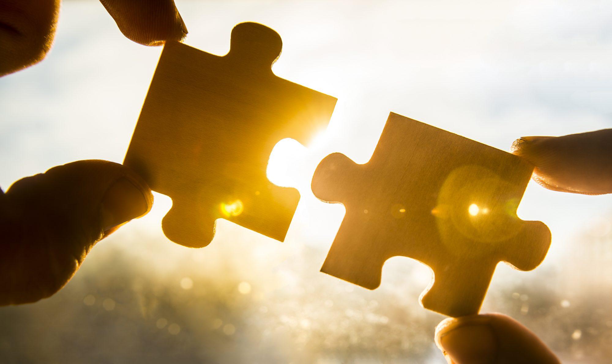 Puzzleteile zusammenfuegen