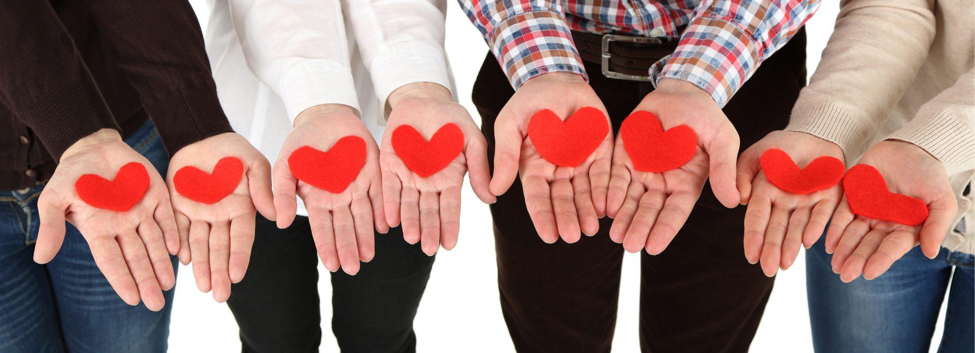 Hände mit Herz Soziales Engagement