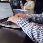 Textanalyse Laptop RogPanel