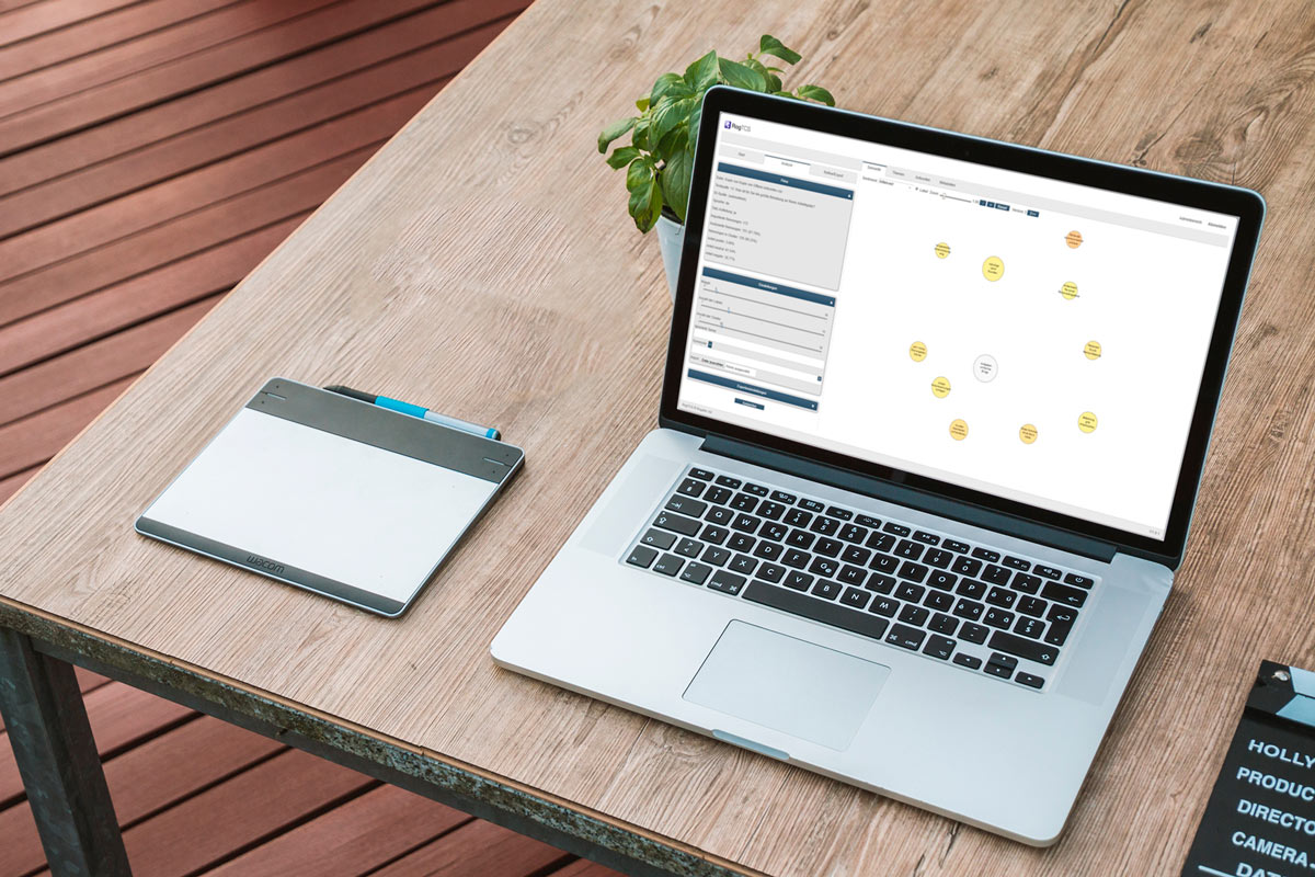 Laptop mit offenem RogTCS