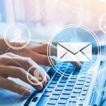 RogMessenger Laptop Hand Mailversand